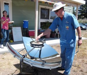 Making grill cheese sandwiches on the parabolic solar cooker